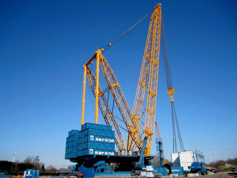 Sarens Cranes Participate In An Oil Mega Project In