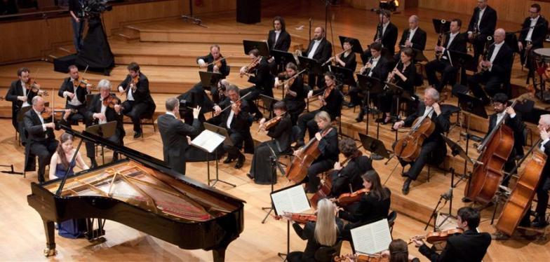 Koningin Elisbethwedstrijd Dit Jaar In Het Teken Van Piano Staat Van  Mei Strijden Veelbelovende Jonge Pianisten Van Over Heel De Wereld